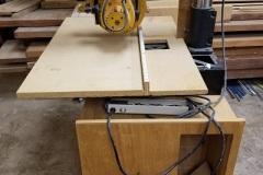 Radial-Arm-Saw
